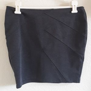 Forever 21 Dark Gray Mini Skirt Size M